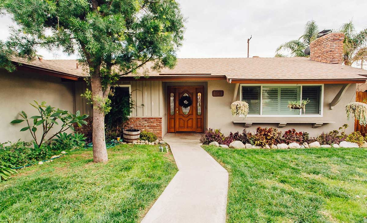 Front Of House 154 E 16th St Upland 91784