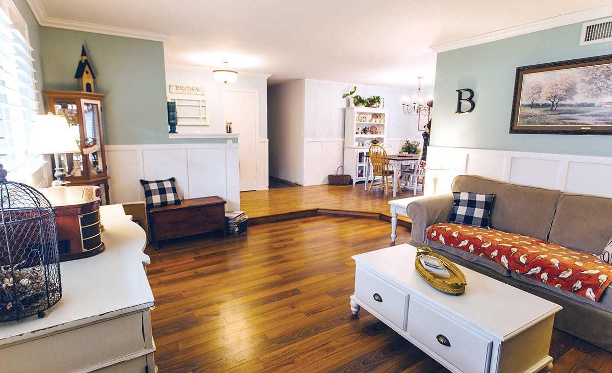 Living Room 154 E 16th St Upland 91784