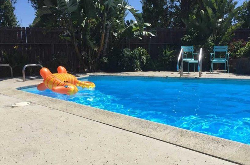 Pool 154 E 16th St, Upland 91784