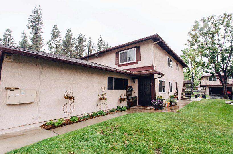 1167 W Sierra Madre Ave No 2 Azusa CA 91702