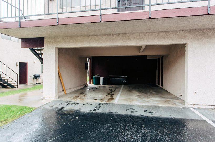 Garage 1167 W Sierra Madre Ave No 2 Azusa CA 91702