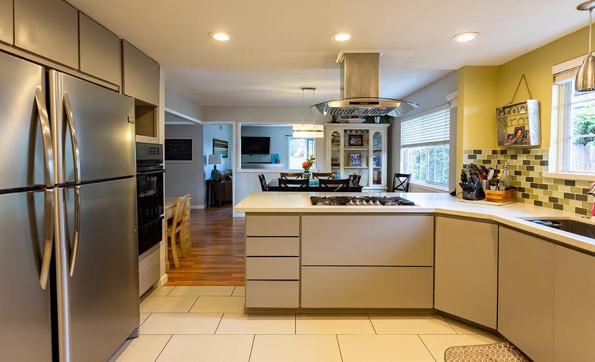 Kitchen 438 Fordland Av, La Verne 91750