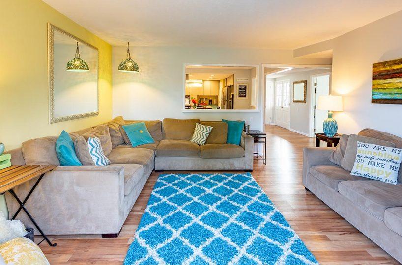 Living room 438 Fordland Av, La Verne 91750