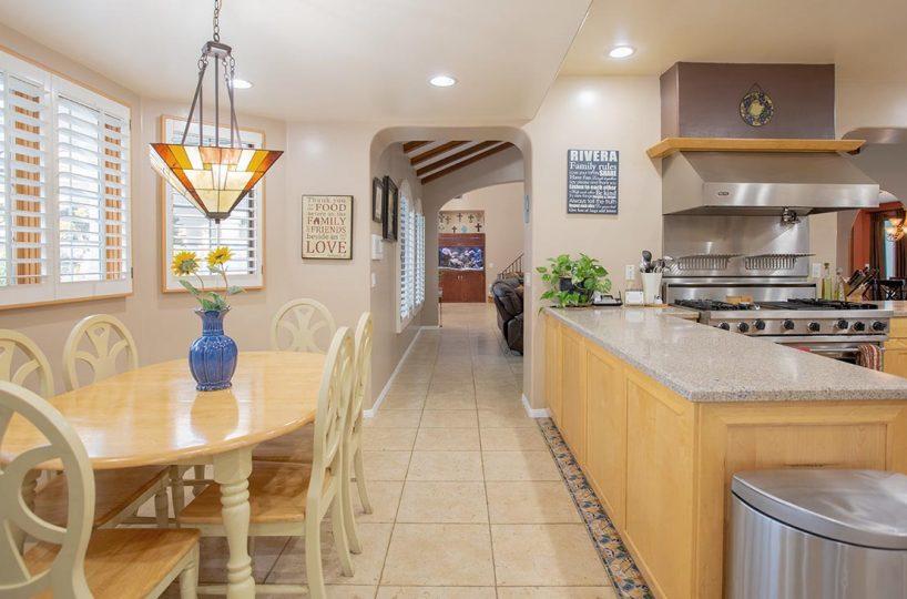 4305 N Sunflower Ave Covina, CA 91724 - Kitchen