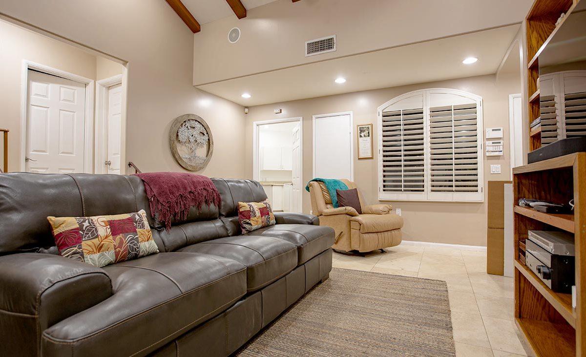 4305 N Sunflower Ave Covina, CA 91724 - Family Room