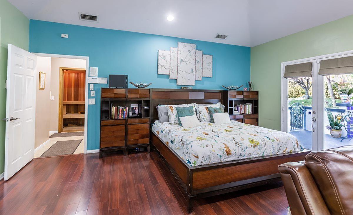 4305 N Sunflower Ave Covina, CA 91724 - Master Bedroom,