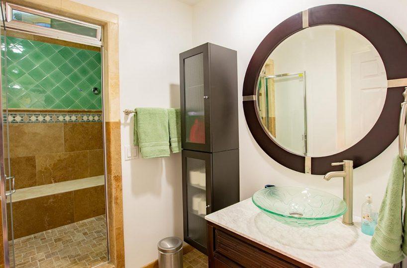 4305 N Sunflower Ave Covina, CA 91724 - Bathroom