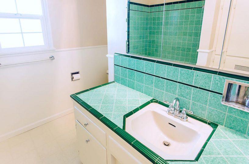 Bathroom - 409 North Washington Avenue Glendora 91741