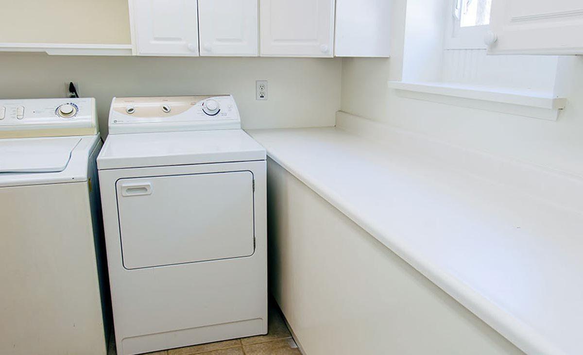 Laundry Room - 409 North Washington Avenue Glendora 91741