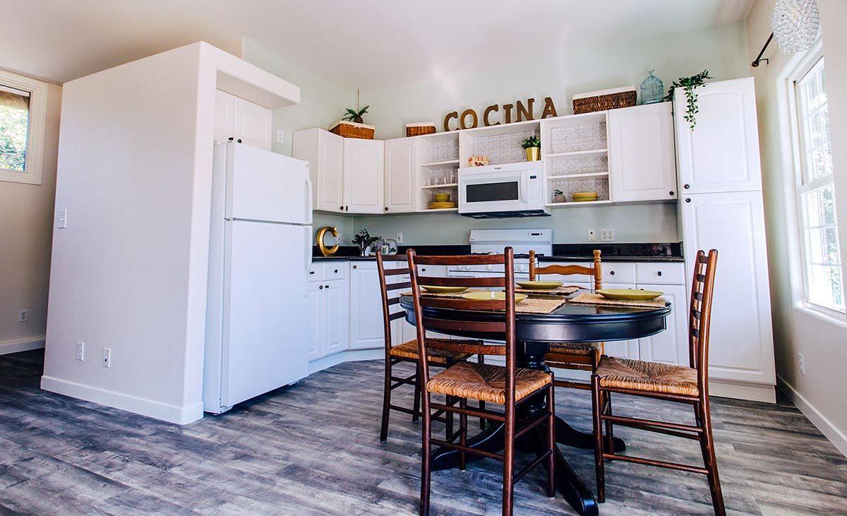 Back House Kitchen - 409 North Washington Avenue Glendora 91741