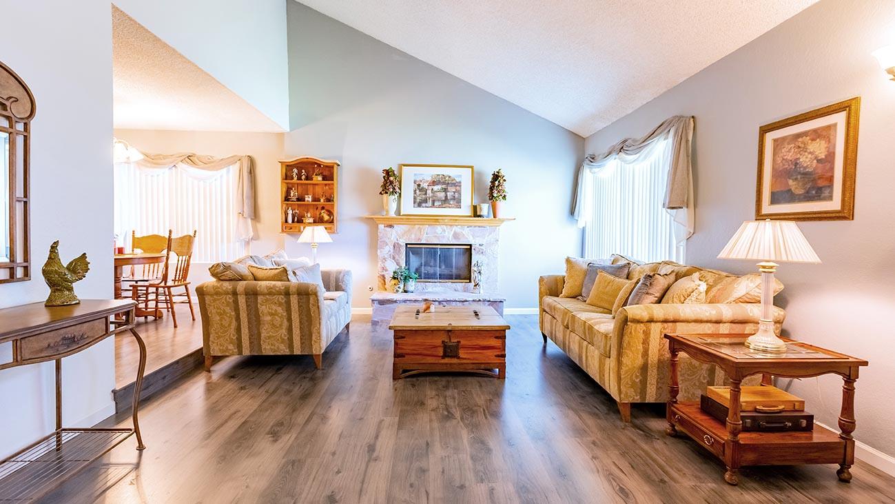 Living Room - 4689 Romola Ave La Verne