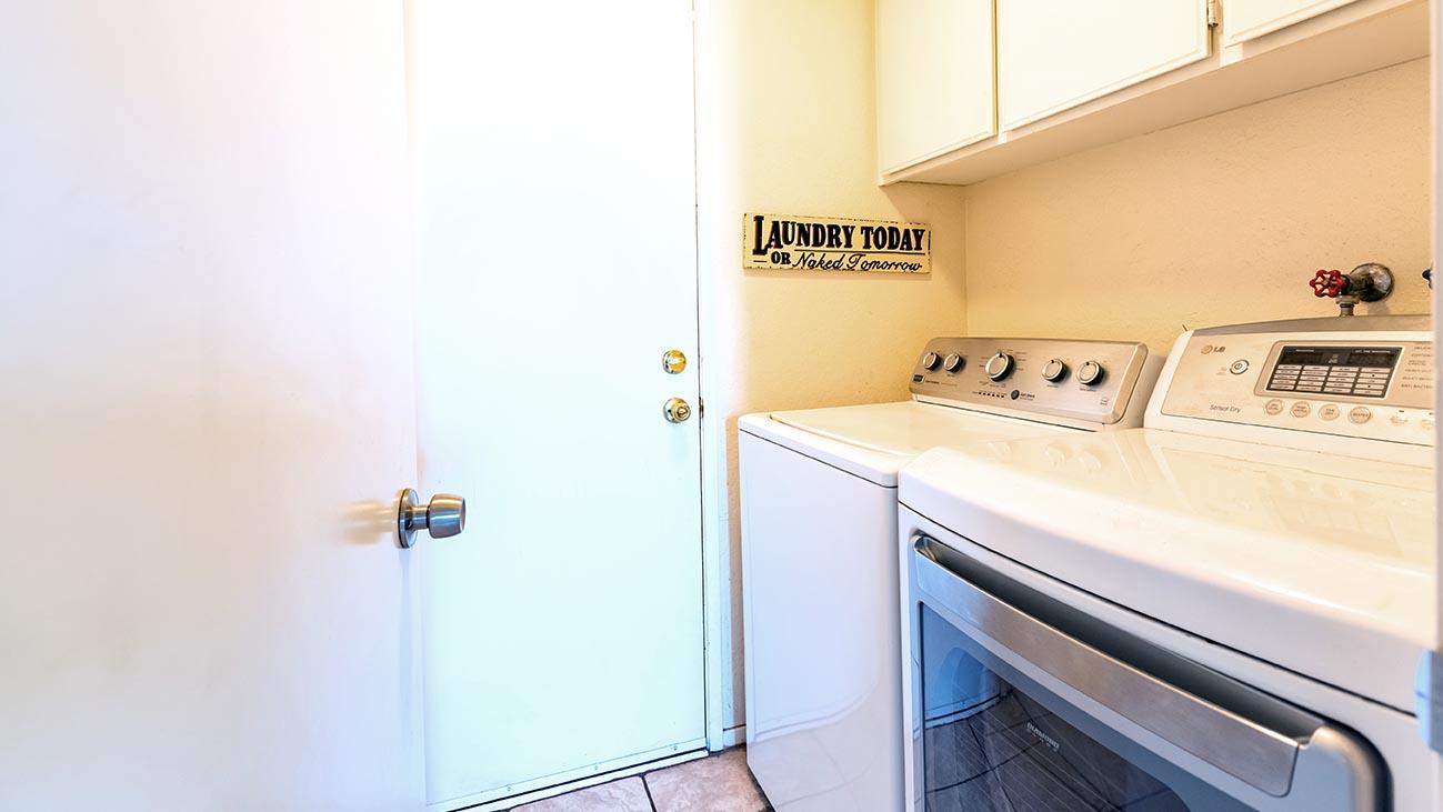 Laundry Room - 4689 Romola Ave La Verne