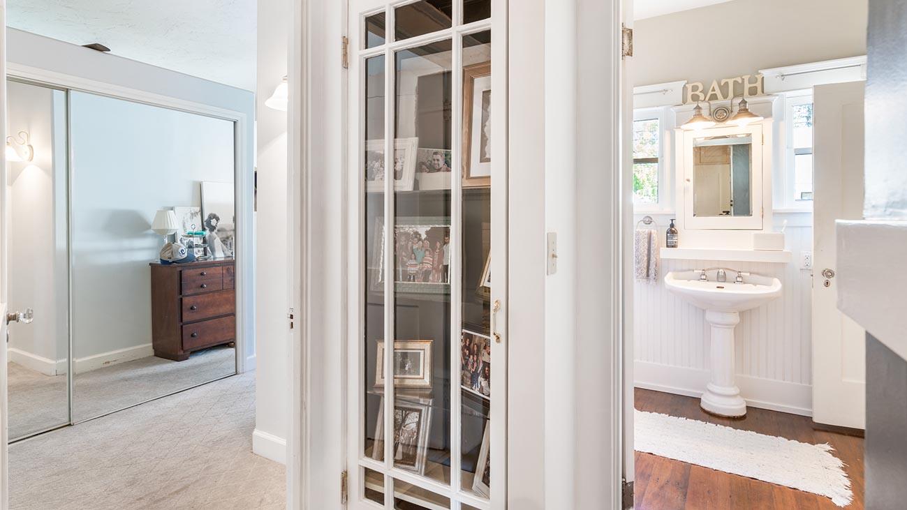 2273 5th Street La Verne, CA 91750 - Built-in Cabinet
