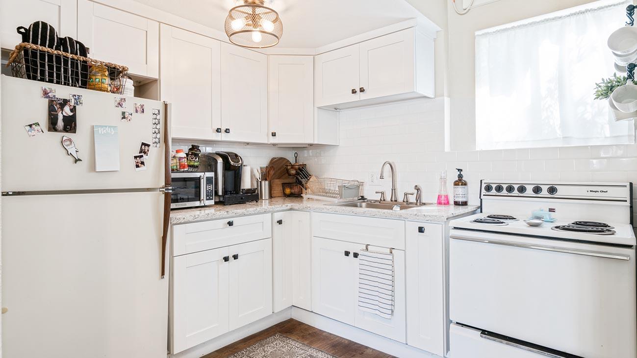 2273 5th Street La Verne, CA 91750 - Back House - Kitchen
