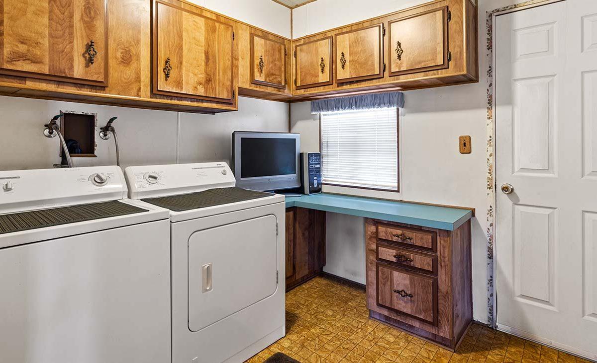 1342 Silver Lake Place Brea, CA 92821 Laundry
