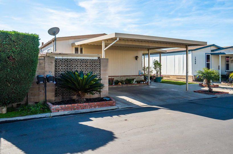 1342 Silver Lake Place Brea, CA 92821 Carport