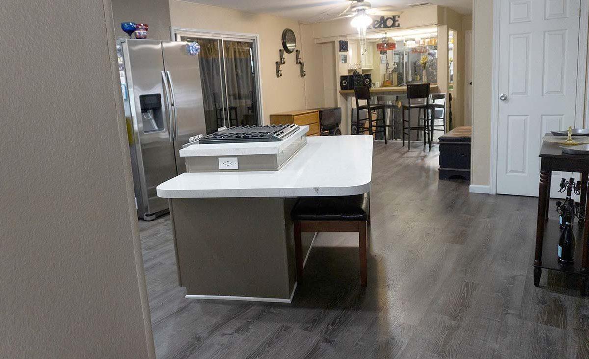 300 N Rampart Street Unit No. 123 Orange, CA 92868 Kitchen